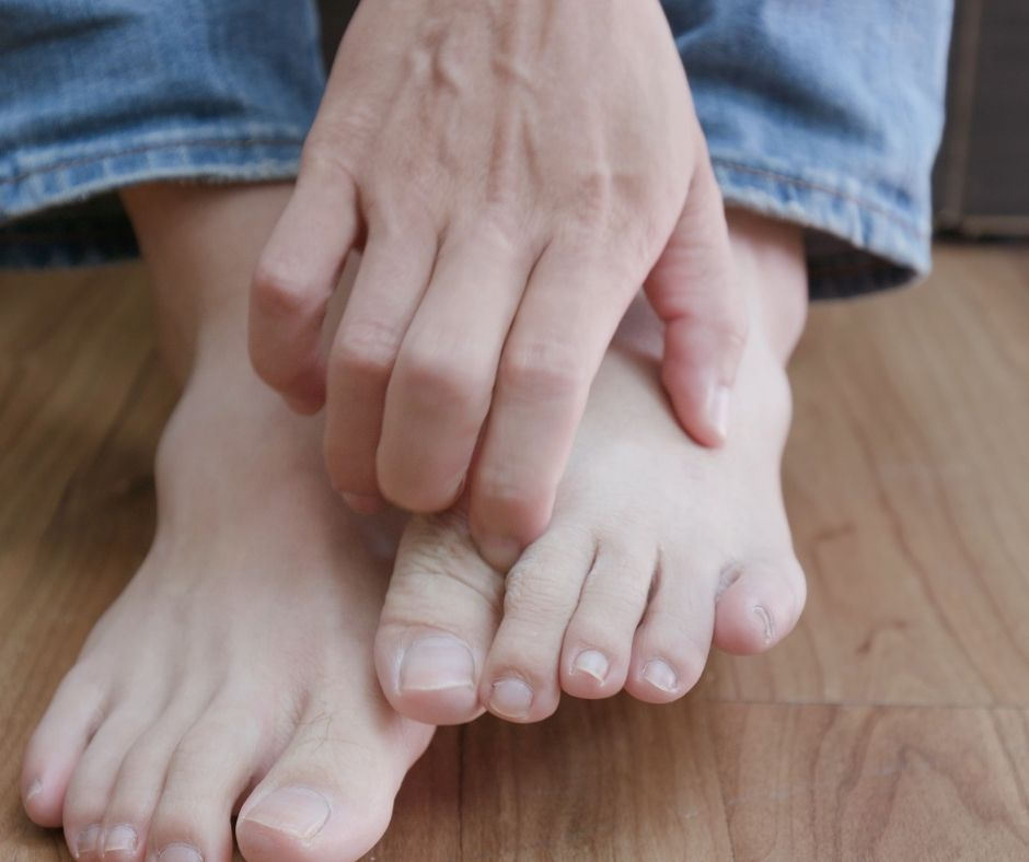 Then, you just want the pain to end. What are the Symptoms of Athlete's Foot