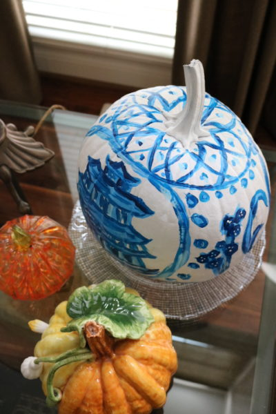 Chinoiserie Pumpkin: Living With Color Designs Blog- detail view of top design-DIY