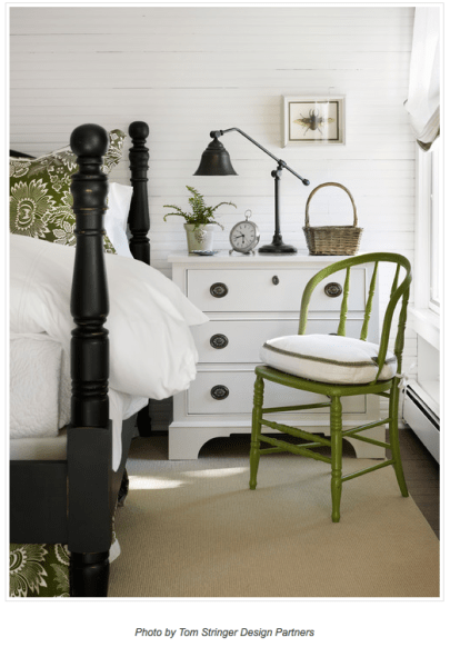 Farmhouse style in green and white