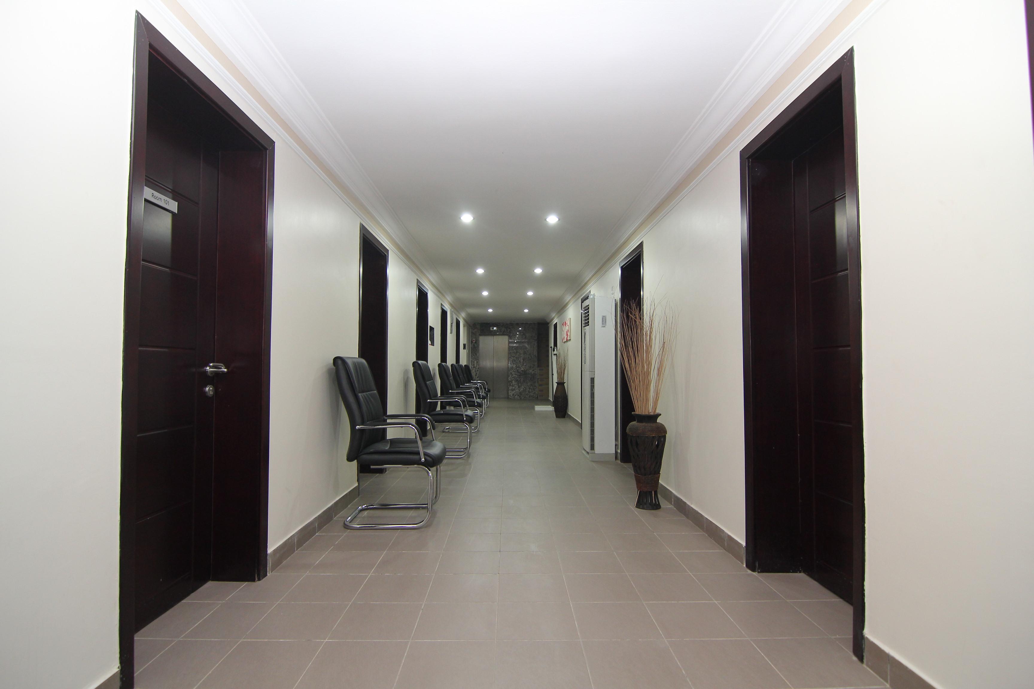 HOME AT THE HOSPITAL: Bespoke Interior design for R-Jolad ...