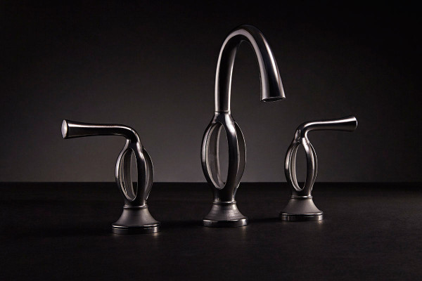 Ams_DXV_3D_faucet_three_water-2-600x400