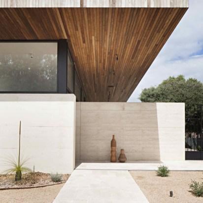 Layer House_05_Robson Rak Arch