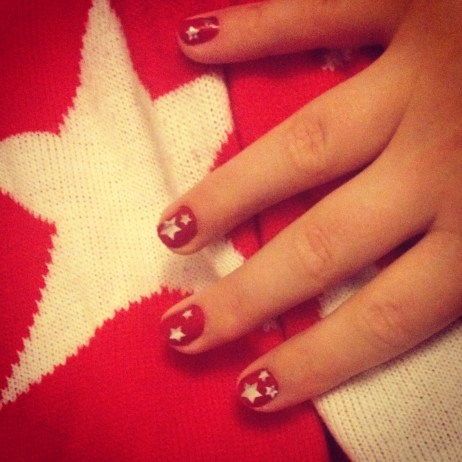Christmas Jumper & Nails