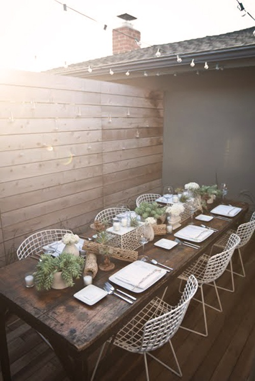 15 Gorgeous Backyard Dining Tables Made For Summer Entertaining