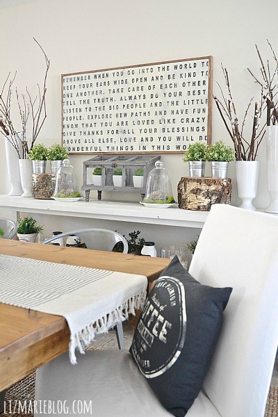 Lovely Spring dining room - lizmarieblog.com