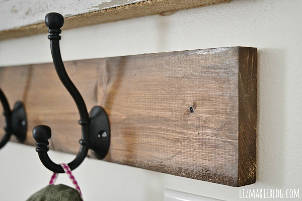 DIY small entryway - lizmarieblog.com
