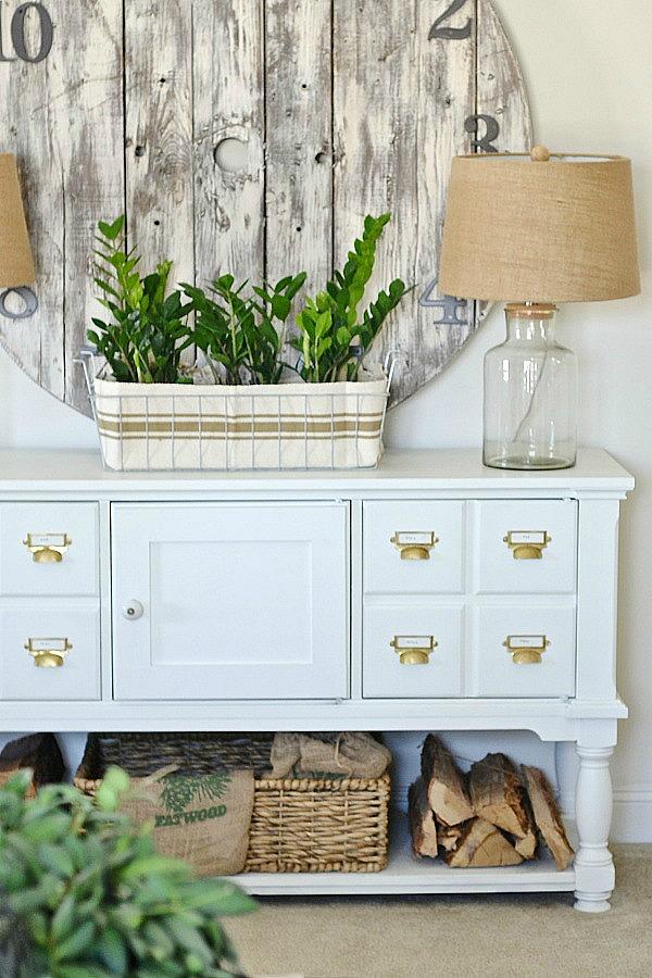 $2 Ikea Rug to DIY Planter - An EASY pretty planter idea!!