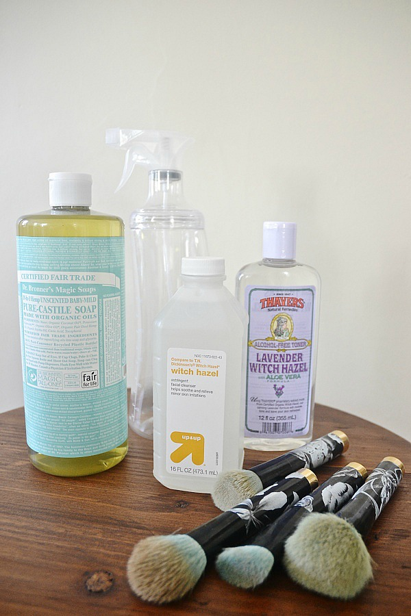 DIY Makeup brush cleaner- Use this spray in between deep cleanings to keep your makeup