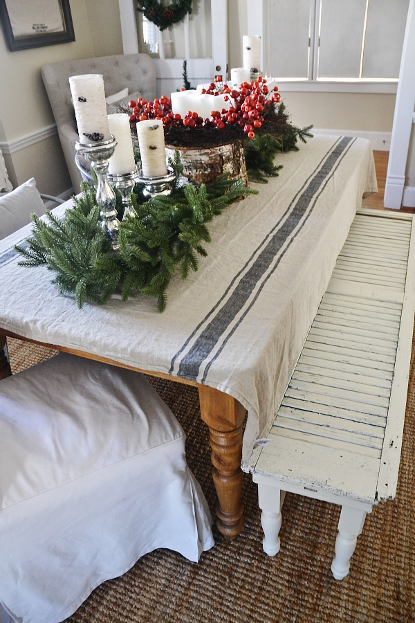 Simple Rustic Christmas Dining Room Decor - Liz Marie Blog