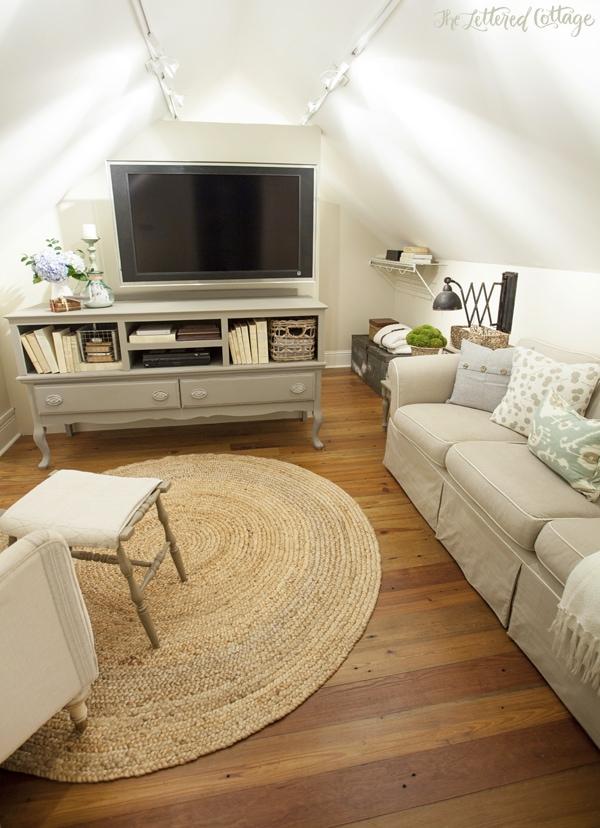 Pine-Floor-Khaki-Sofa-Wool-Skein-Paint-Closet-Makeover1