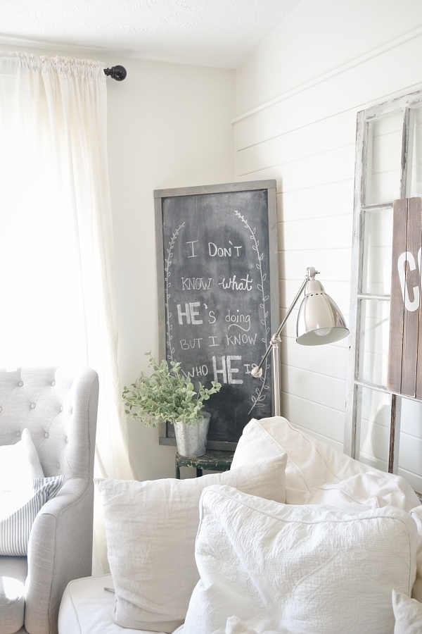 DIY large chalkboard - The EASIEST & CHEAPEST way to make one! A must pin! Great for parties, home decor, pregnancy announcements, monthly baby updates, & more!!