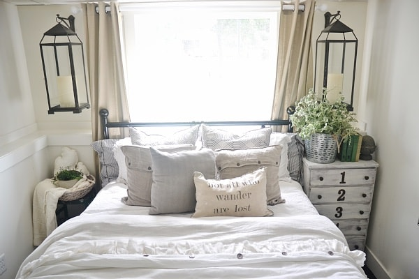 guest bedroom makeover: lanterns - liz marie blog