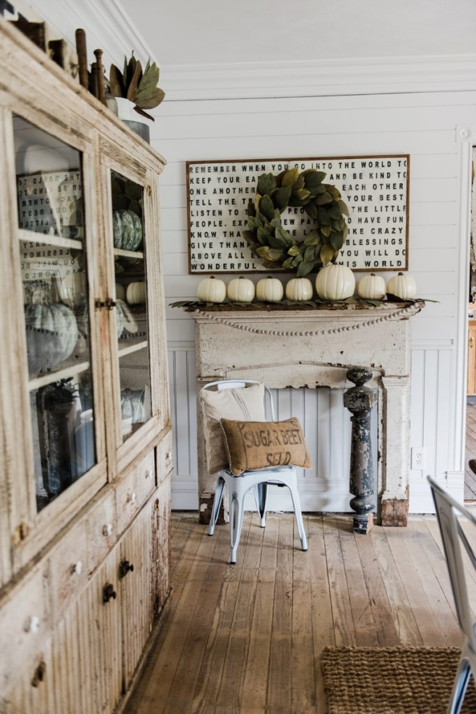 Simple Rustic Fall Farmhouse Mantel