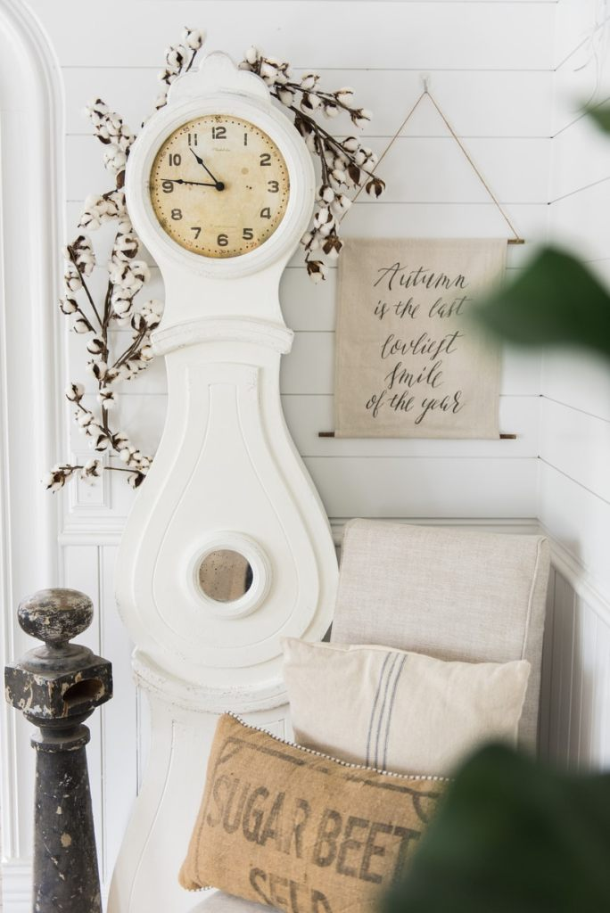 Mora clock makeover - See where to get a clock like this & the before and after. Great for farmhouse style & cottage style decor.