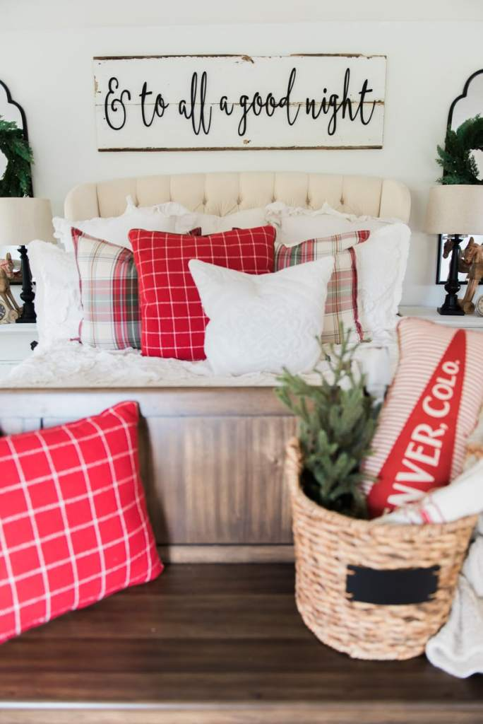 A cozy cheerful farmhouse christmas bedroom liz marie blog - Old fashioned vintage bedroom design styles cozy cheerful vibe ...