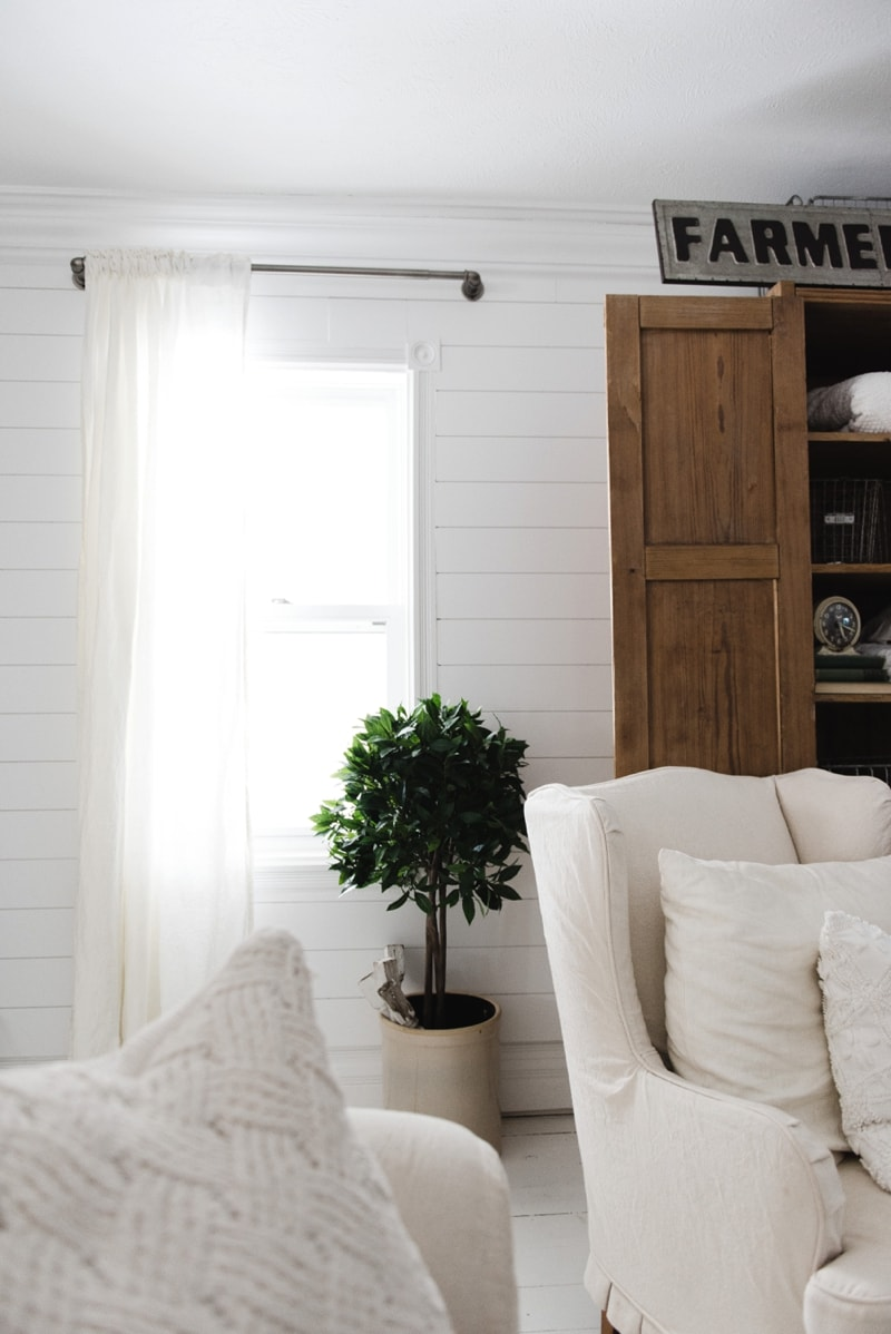 affordable industrial farmhouse pipe