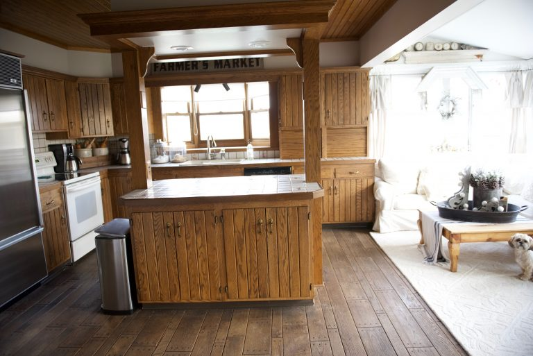 White Cottage Farm Kitchen - Demo - Liz Marie Blog