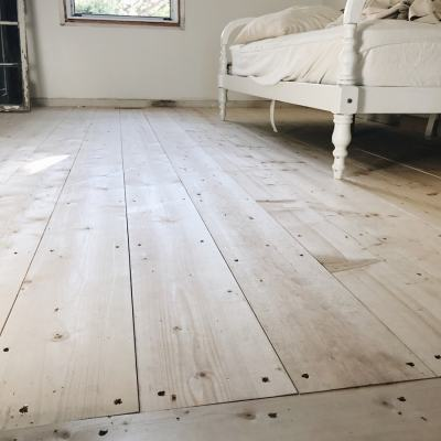 Downstairs Guest Bedroom Makeover- The Floors