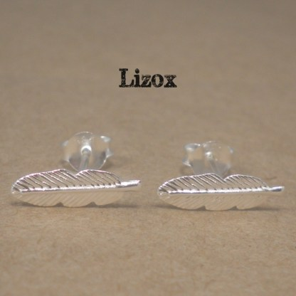 lizox-silver-feather-earrings