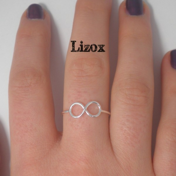lizox-silver-infinity-wire-ring