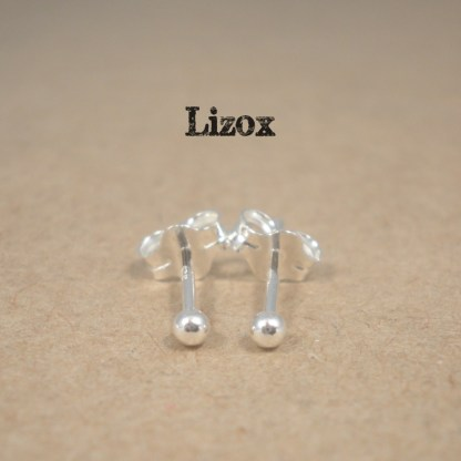 lizox-sterling-silver-2mm-ball-ear-studs