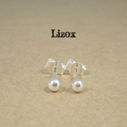lizox-sterling-silver-3mm-ball-ear-studs