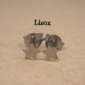 lizox-sterling-silver-black-star-earrings