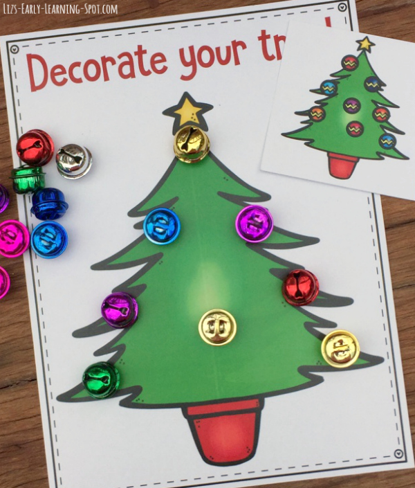 Practice counting with these free Christmas tree counting mats!