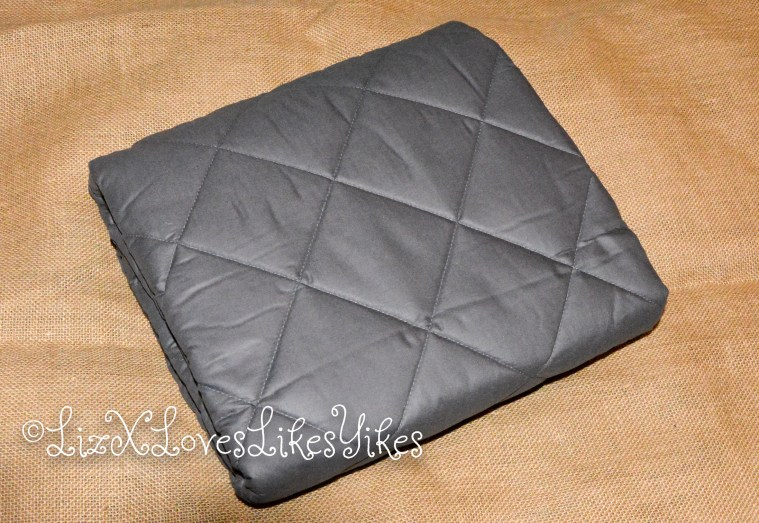 ZZZNEST Weighted Blanket  Copyright Liz BlackX