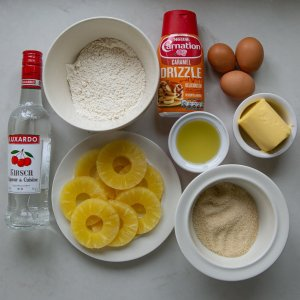 All the ingredients needed for caramel pineapple summer sponge