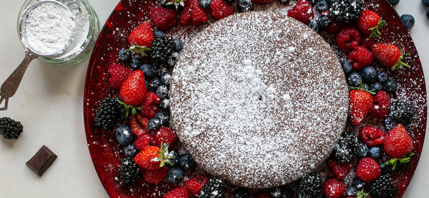 Chocolate and Amaretti Cake