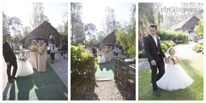 EmuBottomHomestead_wedding_0035.jpg