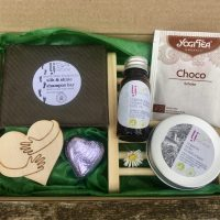 father's day letterbox gift for men natural handmade sustainable skincare and gifts