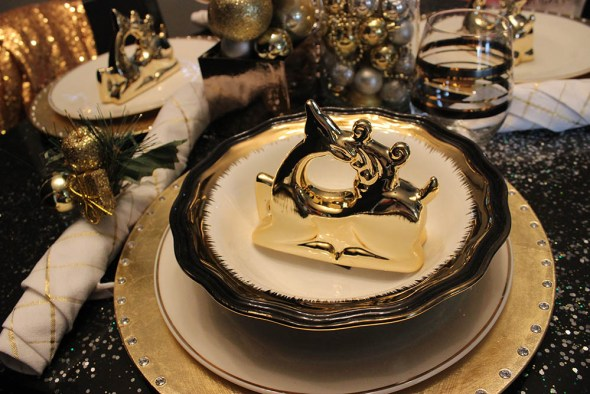 Christmas Tablescape on a Budget -Dollar Tree