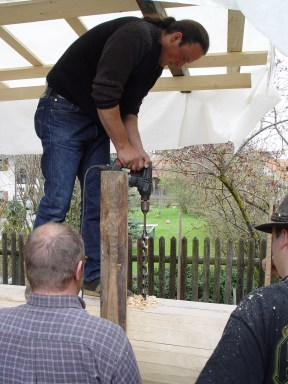 Arbeiten am Baum 23.04.2005 - 46
