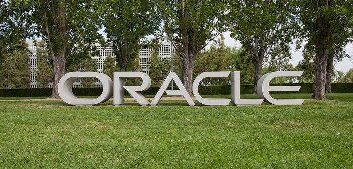 1024px-Oracle_Redwood_City_May_2011_002