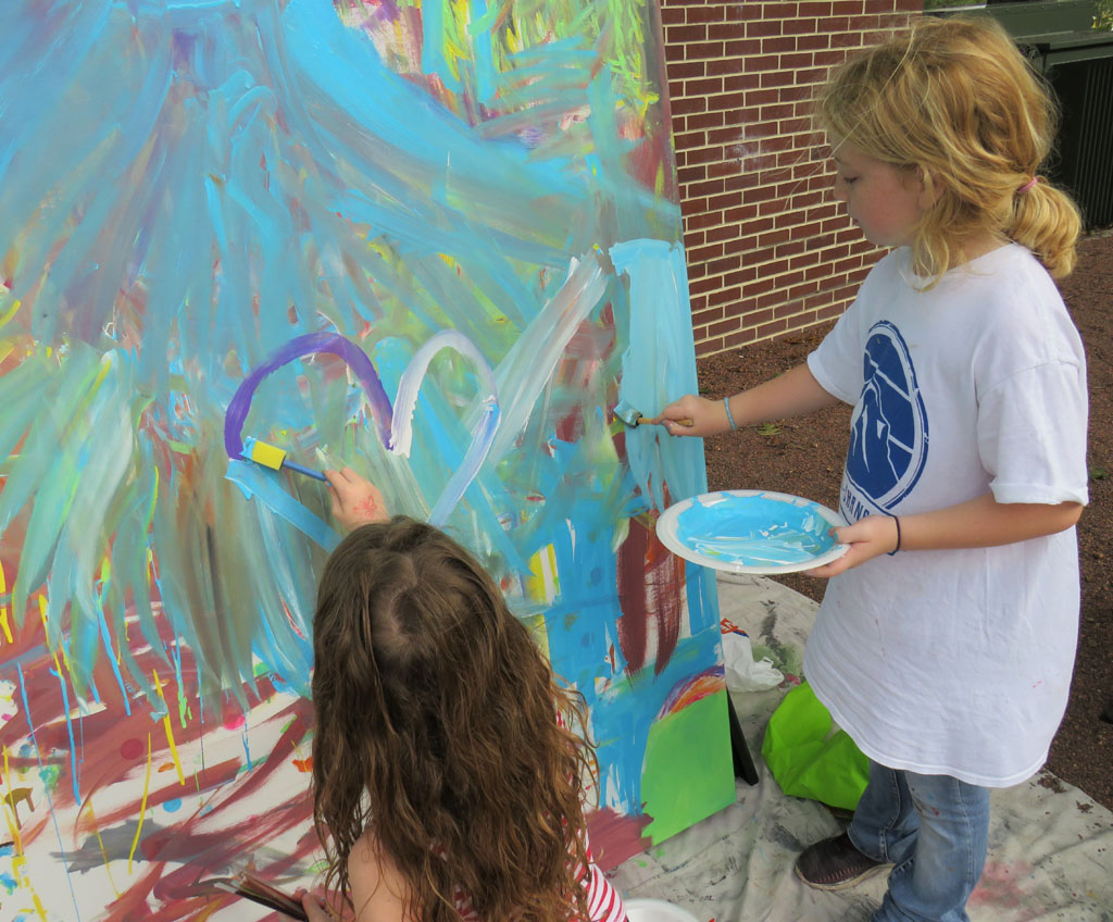 Autumn Farnsworth (right), paint-it-yourself canvas