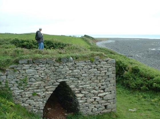 Image of one of the lime kilns over looking Llanrhystud Beach