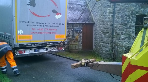 AAS winch attached to Subrt Transport Lorry