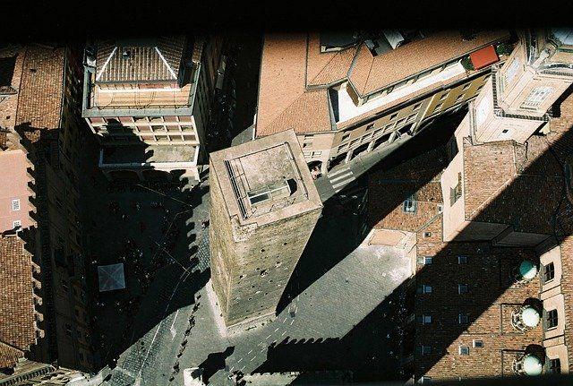 Viajar a Bolonia: Reservar la entrada a Torre Asinelli