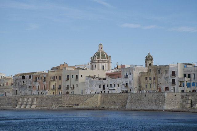 trapani, una de las ciudades de sicilia