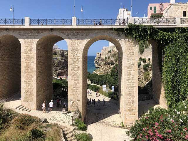 Puente de Polignano