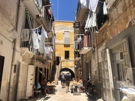 Imprescindible que ver en Bari en dos días: Via delle orecchiette