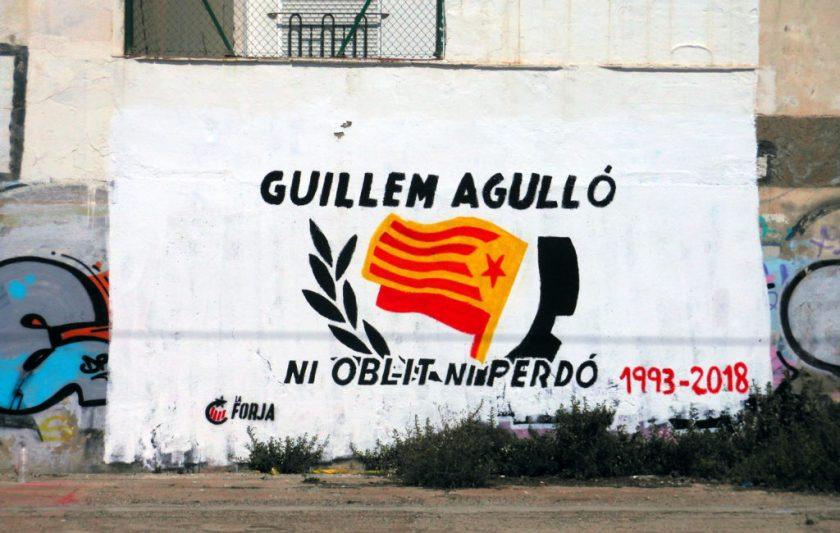 https://commons.wikimedia.org/wiki/File:Guillem_Agulló,_ni_oblit_ni_perdó_DSCN2935.jpg