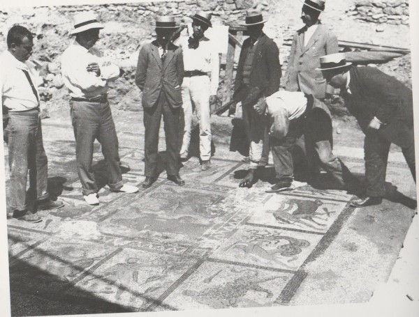 Aparición-del-mosaico-de-Hércules-Lliria-ORG