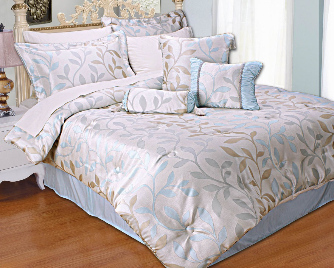 Antiqua Range Of Bedspreads Duvet Covers Cushions And