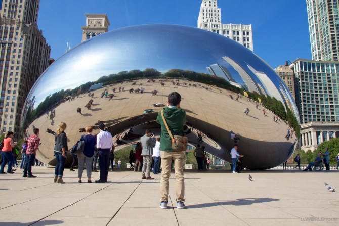 Millennium Park's Cloud Gate (The Bean)