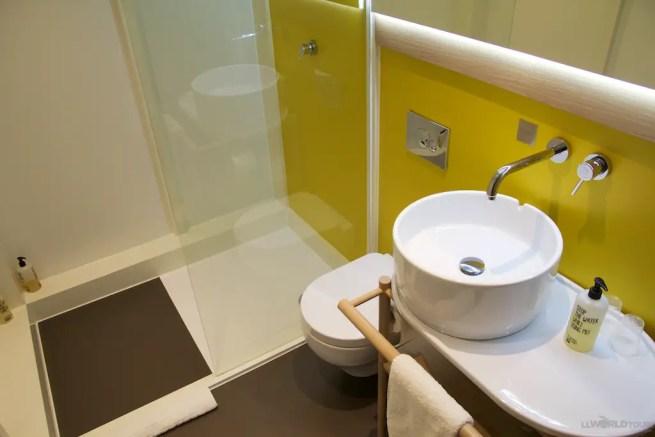 Qbic Hotel Bath