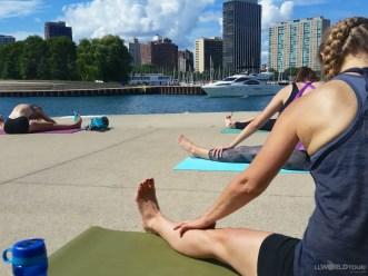 yoga-on-lakefront12