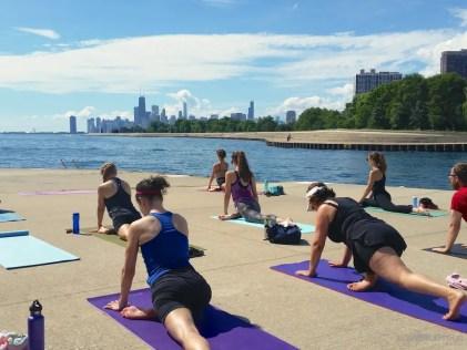 yoga-on-lakefront8